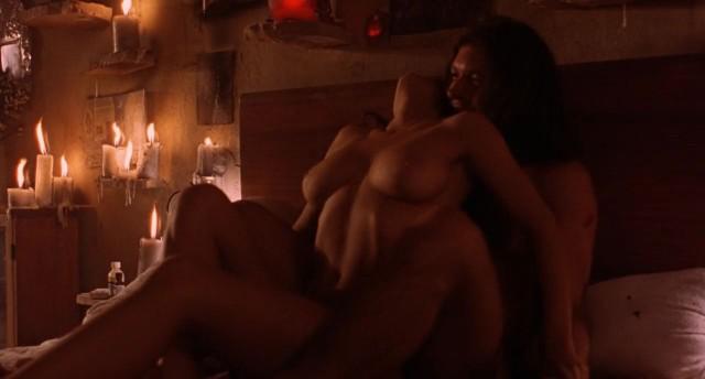 smotret-filmi-erotika-otkrovennaya