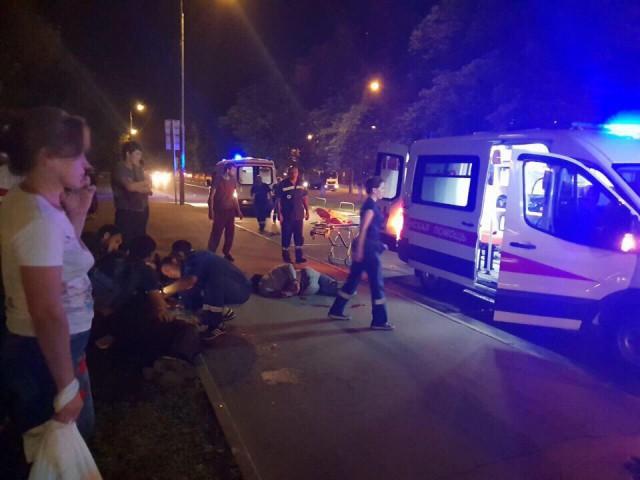 В Кузьминках на Волгоградском проспекте 105 двух ППСников порезал чеченец при проверке документов