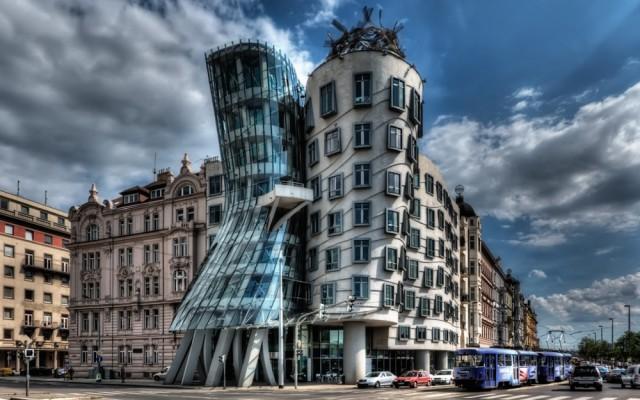 20 зданий, которые восстали против законов физики