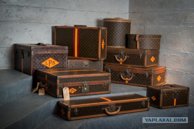 У экс-главы «Русгидро» во время обыска нашли отдельный особняк для хранения чемоданов Louis Vuitton и Chanel