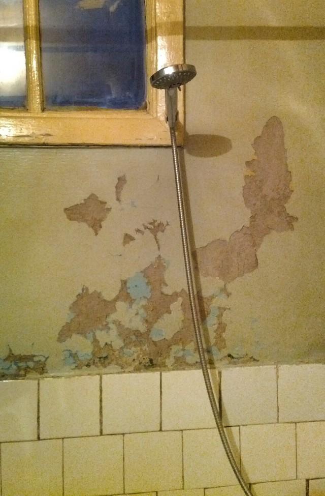Pемонт в ванной за копейки или а-ля Хундертвассер