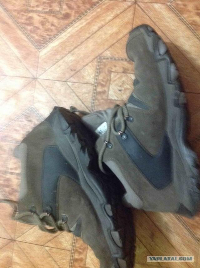 Продам треккинговые ботинки Columbia