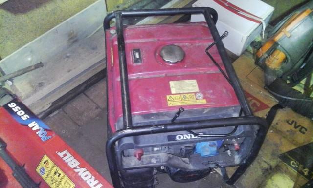 Продам бензо генератор HONDA EG4500CX