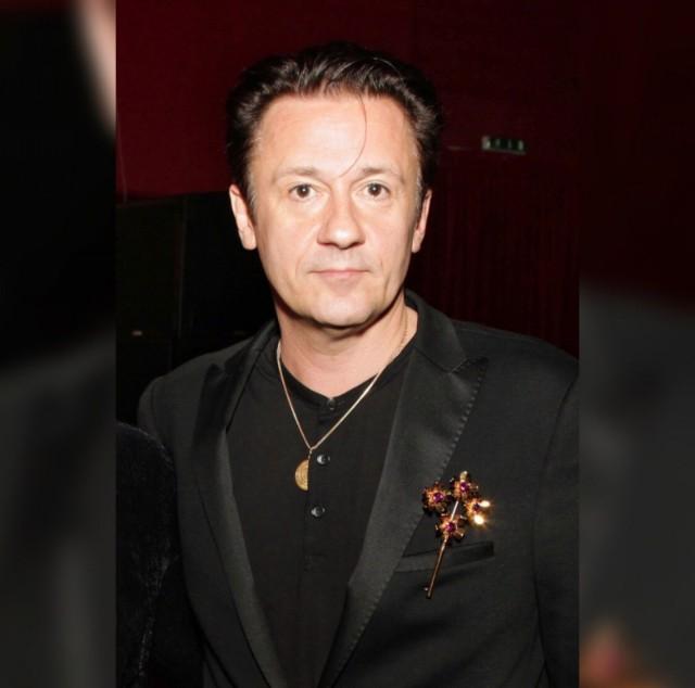 Известный актёр и режиссёр Олег Меньшиков попал в реанимацию одной из столичных клиник.