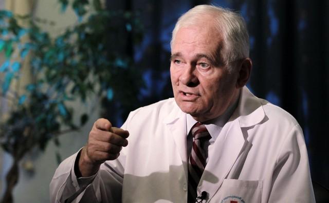 Рошаль заявил, что история с коронавирусом - это репетиция биологической войны