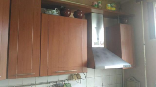 Отдаю верхнею часть кухни.