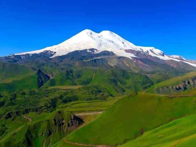 Эльбрус – 2020 или 5642 над уровнем моря
