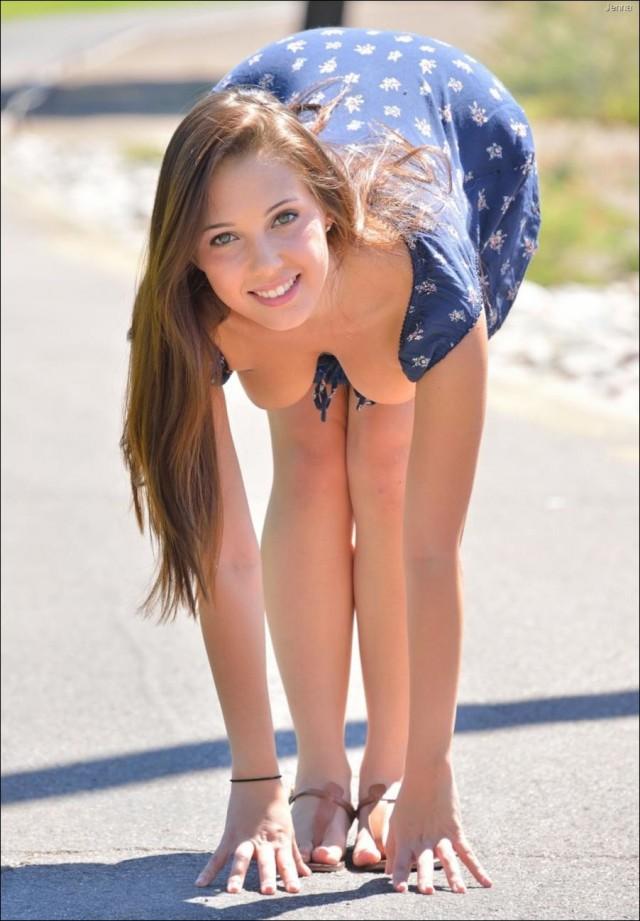 Просто красивые девушки 18+.