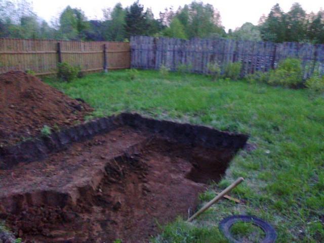 Как выкопать бассейн на даче