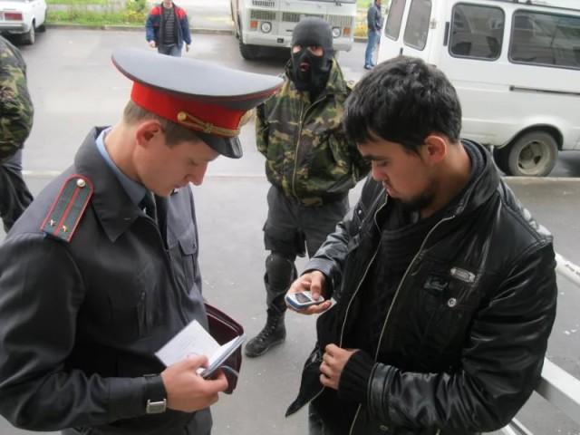Уроженец Таджикистана избил полицейского на западе Москвы