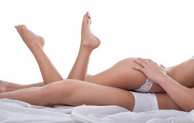 Врачи заявили, что регулярный секс прибавляет женщинам красоты