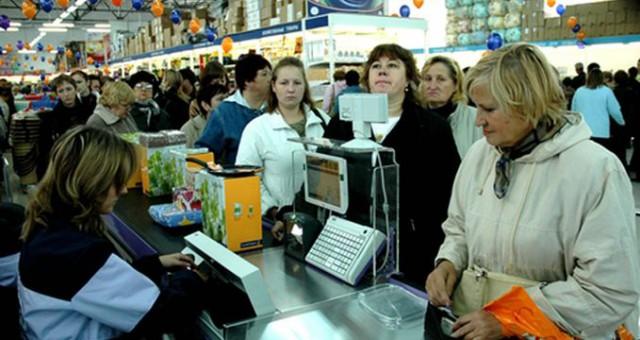 Как выбирать очередь в супермаркете