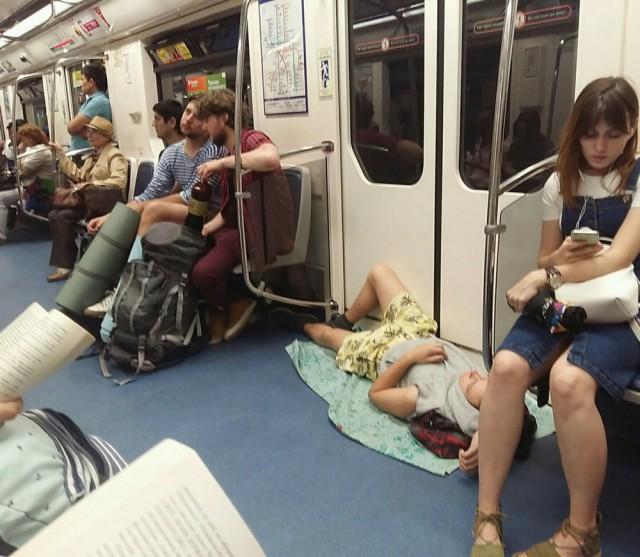 Свежая подборка модников из подземелий метрополитена