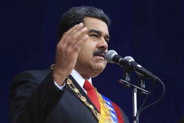 Мадуро остался у власти в Венесуэле, несмотря на попытку госпереворота