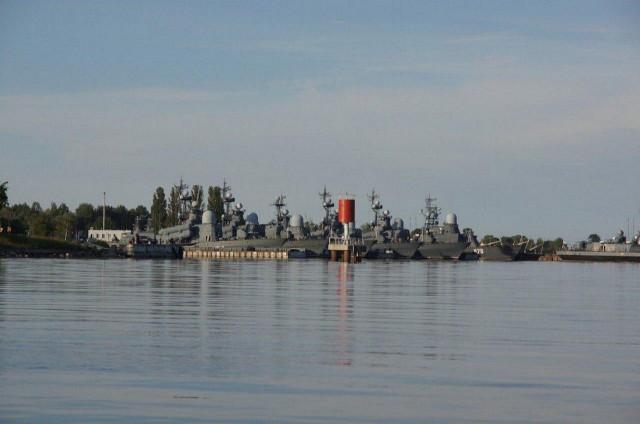 В Калининградской области неизвестные угнали два боевых корабля