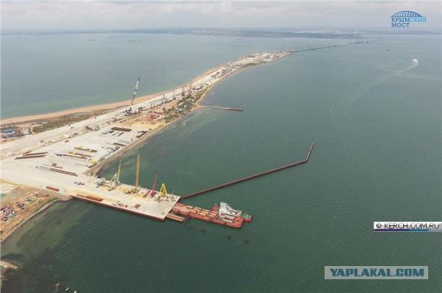 Завершена работа над вспомогательными мостами крымского моста