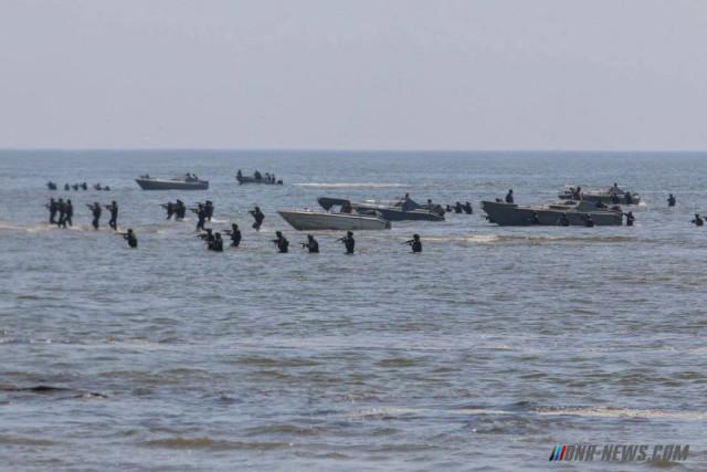 Высадка морского десанта ДНР у Широкино