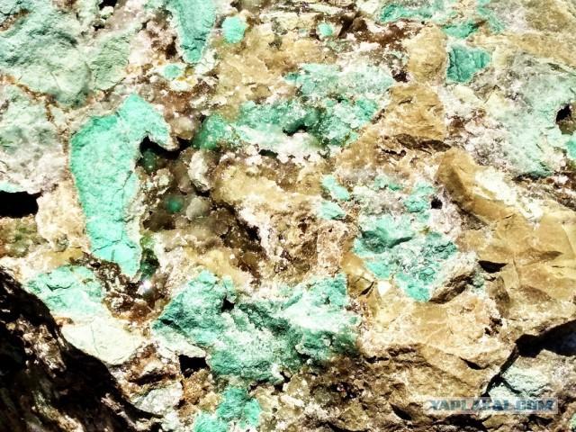 Неземная красотища для коллекционеров минералов. Почтой тоже отправлю.