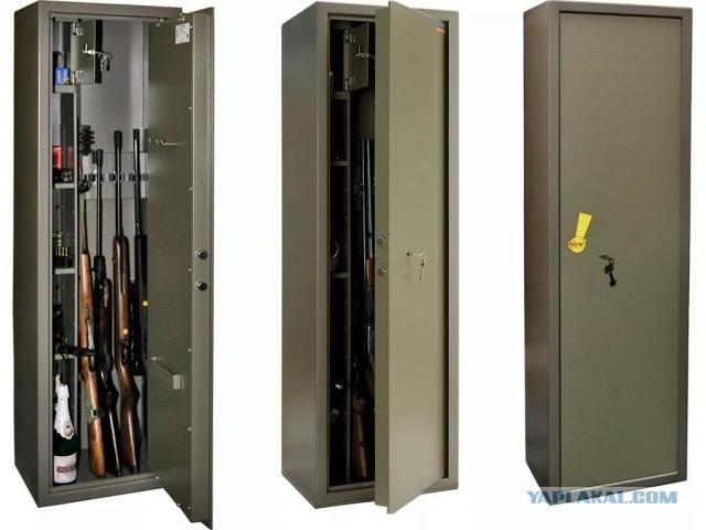 После стрельбы в Керчи Росгвардия взялась за правила хранения оружия. Отчитываться обяжут вооружённых путешественников