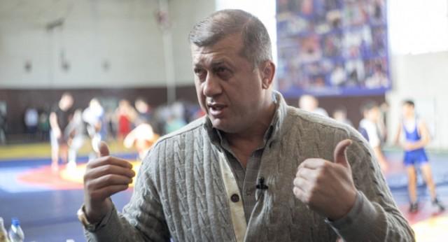 Главный тренер сборной России по вольной борьбе требует отменить концерт Бузовой во Владикавказе