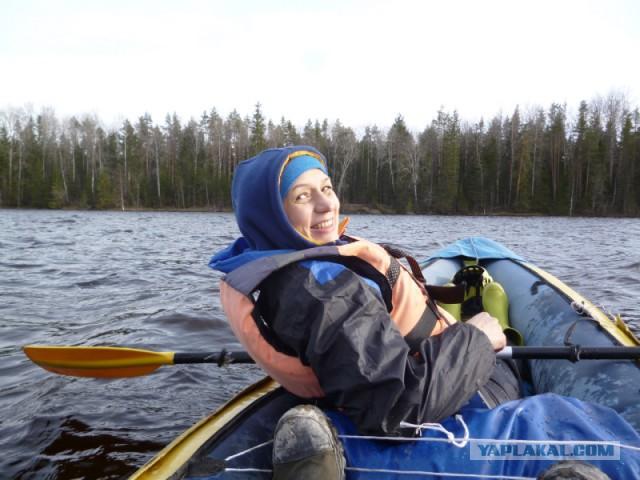 Поход: Карелия, река Шуя, женщина, байдарка.