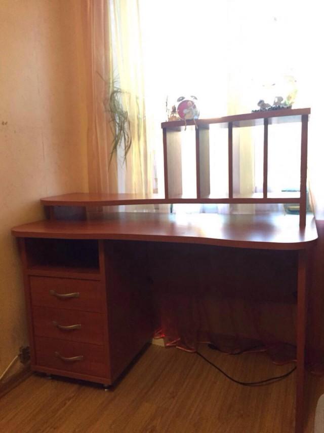 Продам письменный/комп.стол 4000 руб. Москва