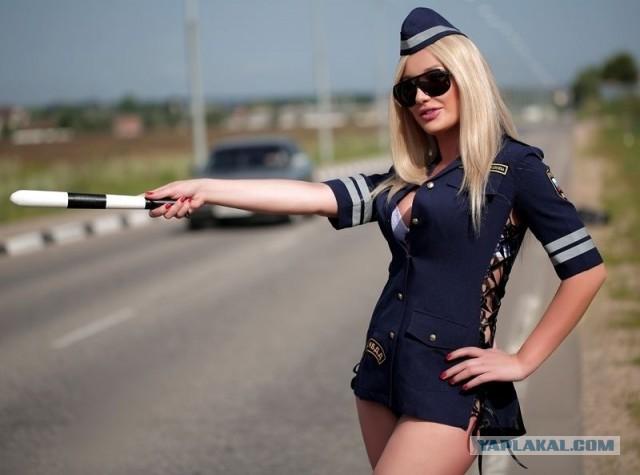 telka-v-politseyskom-uchastke