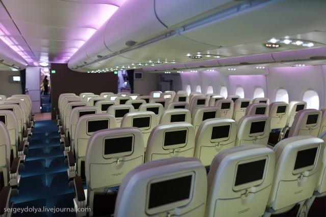 Как строят А380 и как они выглядят внутри