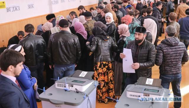 Наблюдатели пересчитали явку на президентских выборах по записям с видеокамер. Вышло куда меньше, чем у ЦИК