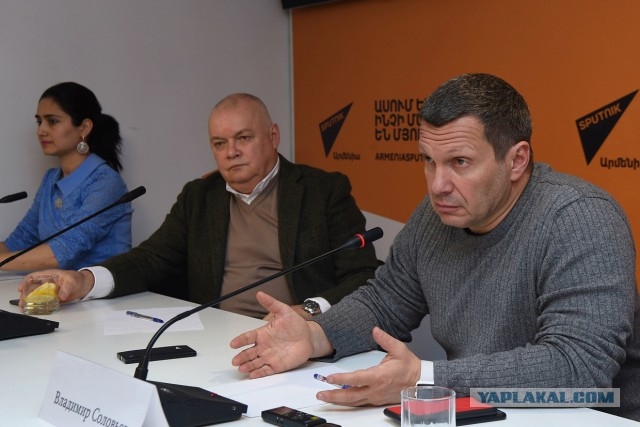 «Новый классовый подход» и «привилегированное положение». Соловьев и Киселев - о деле Голунова