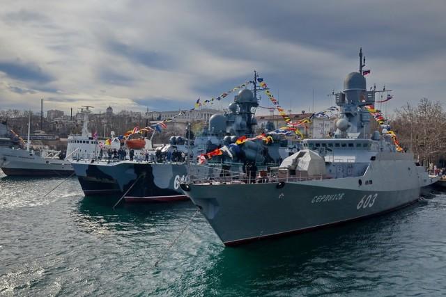 Украина считает, что Россия должна ей $100 млн в год за базирование ЧФ в Крыму