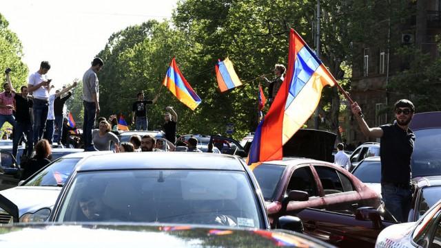 Цена отставки: Армения может уйти от России