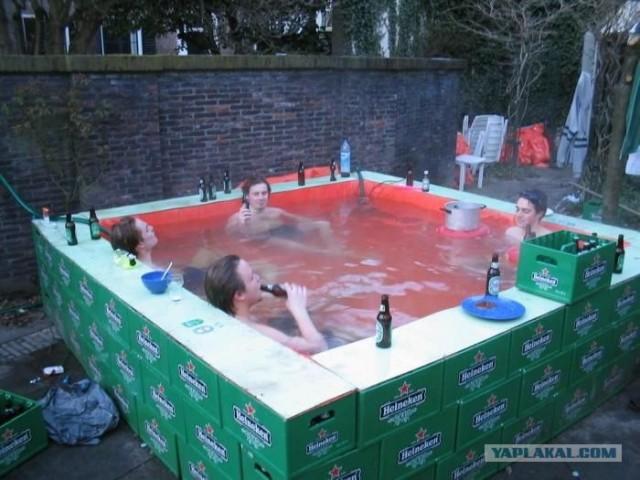 Как своими руками сделать бассейн во дворе видео