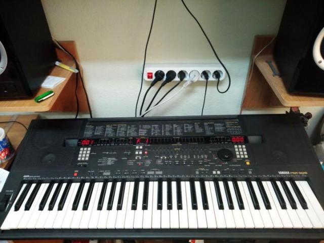 синтезатор yamaha psr sq16