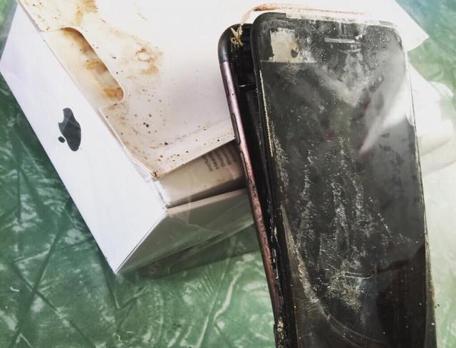 iPhone не отстает от Samsung: обладатель iPhone 7 сообщил о взрыве смартфона