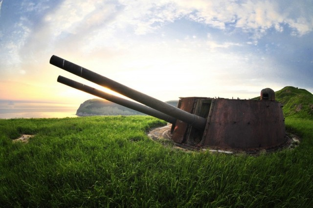 Покинутый остров с военным прошлым