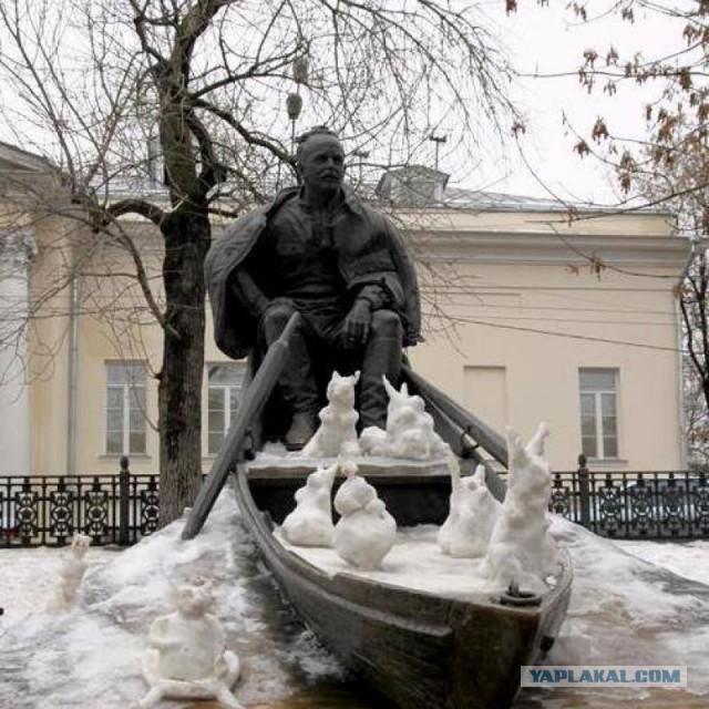 Памятник подешевле Алдан Лампадка из лезниковского гранита резная Семенов