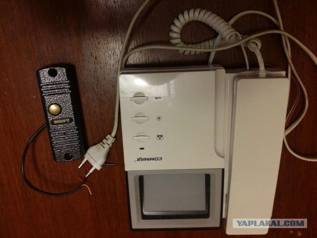 Вызывная панель Commax с кнопкой.