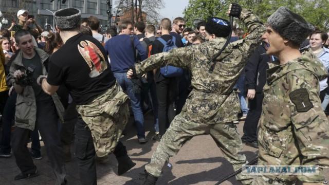 Суд оштрафовал казака за неуважение к обществу на митинге 5 мая в Москве