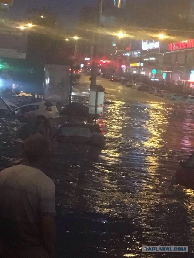 А в Ростове-на-Дону прошел дождик