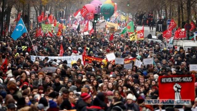Врачи и преподаватели Франции всю ночь устраивали погромы