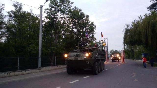 Колонна военной техники США пересекла границу Молдовы