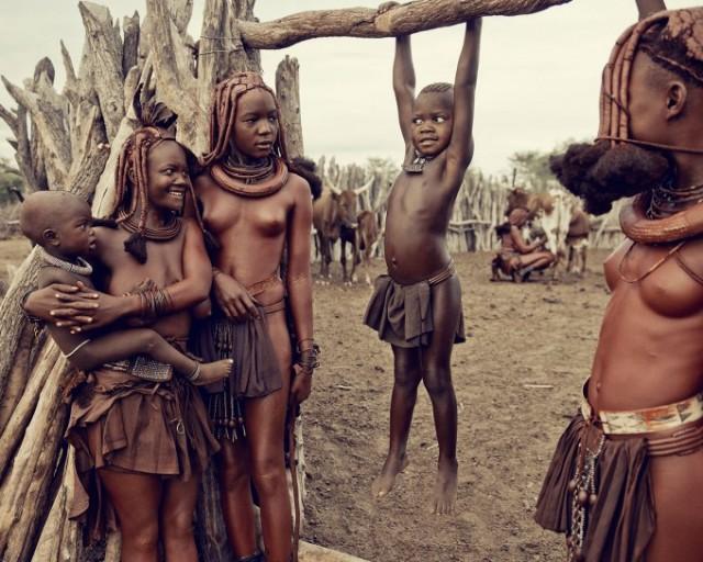 фото голых племен
