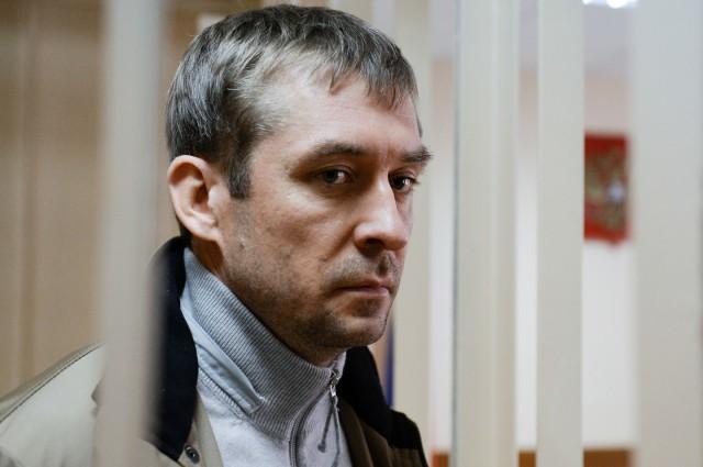 У безработной семьи полковника Захарченко нашли гараж из элитных авто на 25 млн