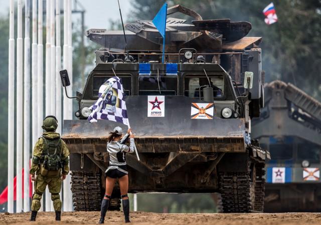 Игры армий: лучшие кадры АрМИ-2016