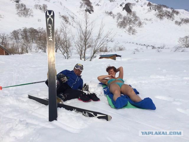 Лыжи голый торс правы