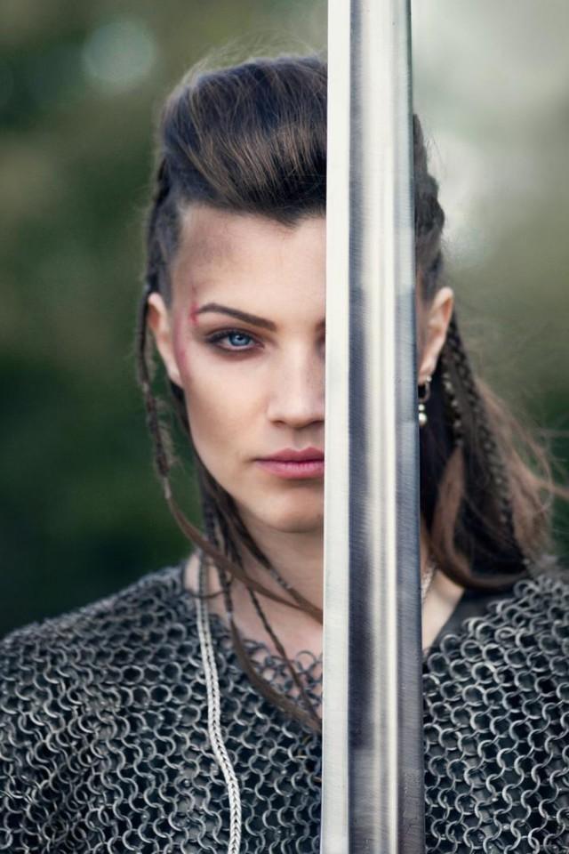 Капитан женской сборной России по средневековым боям