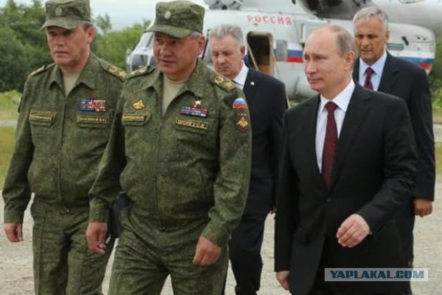Путин объявил тревогу войскам