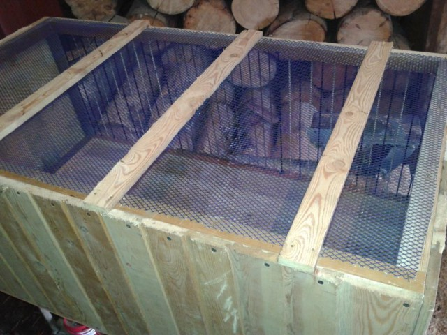 Клетка для цыплят за 100 рублей