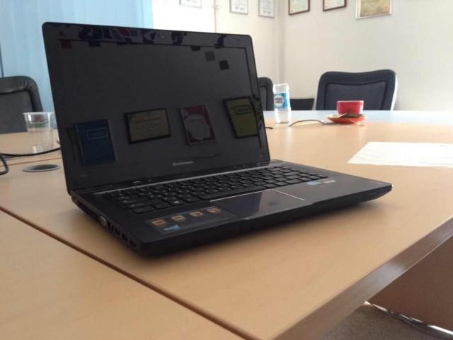 Lenovo Y480